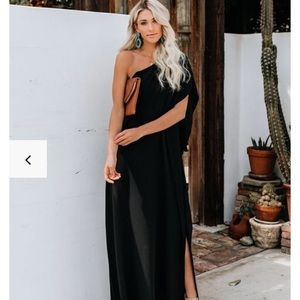 VICI Collection One Shoulder Statement Maxi Dress